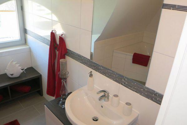ferienhaus-glowe-ruegen-strandlaeufer-nest-badezimmer