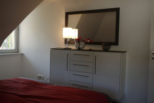 ferienhaus-glowe-ruegen-strandlaeufer-nest-schlafzimmer