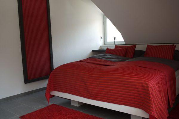 ferienhaus-schlafzimmer-glowe-ruegen-strandlaeufer-nest